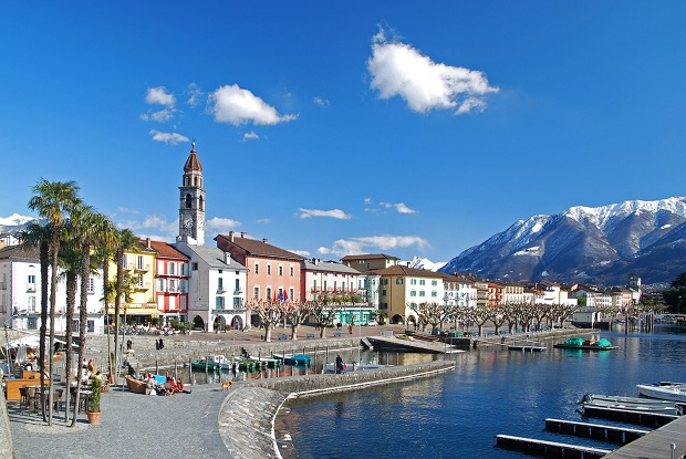 Agenzia Lavoro Svizzera : Hostess promoter in svizzera hostess promoter