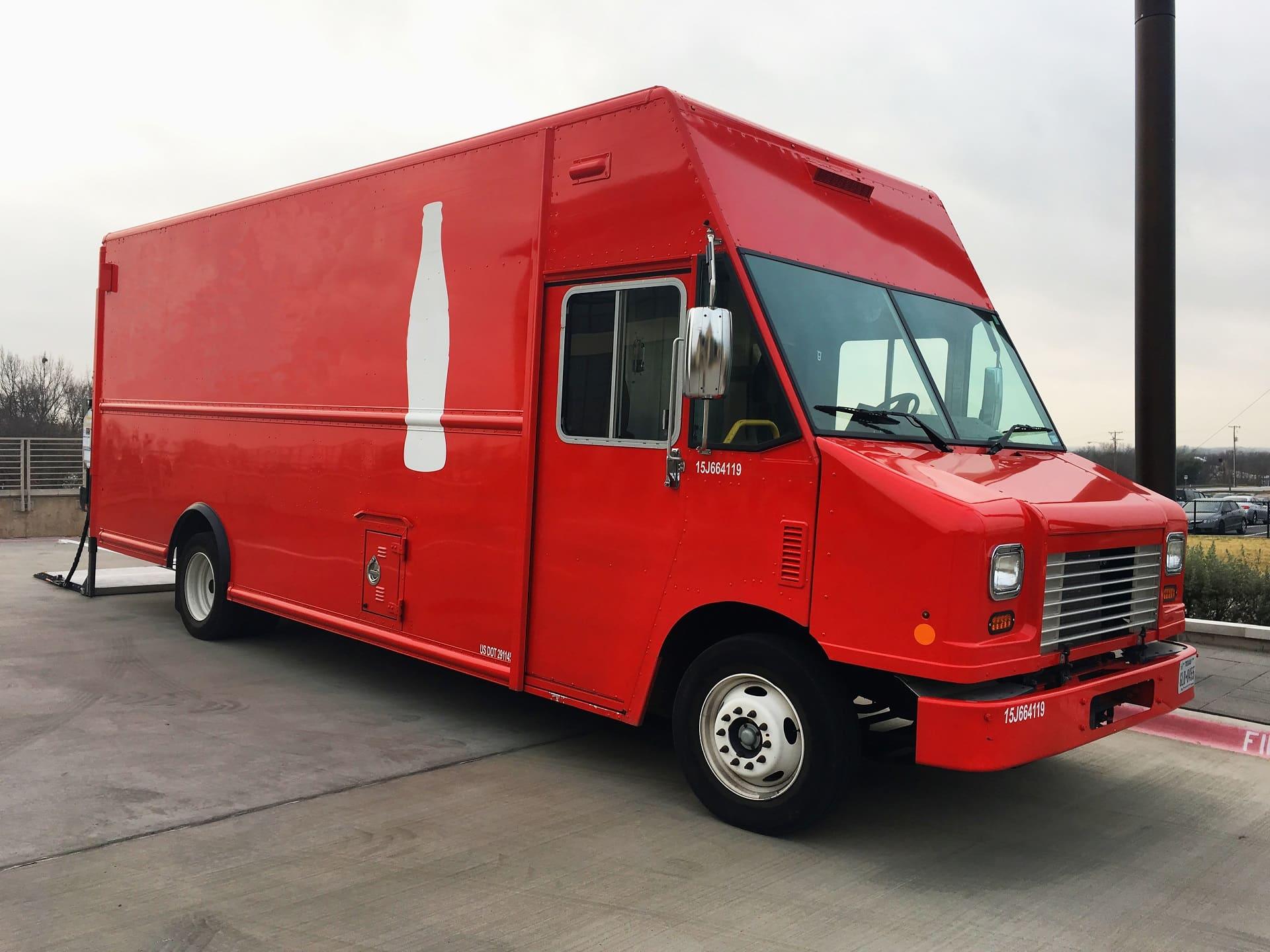 Coca Cola in viaggio con tour truck