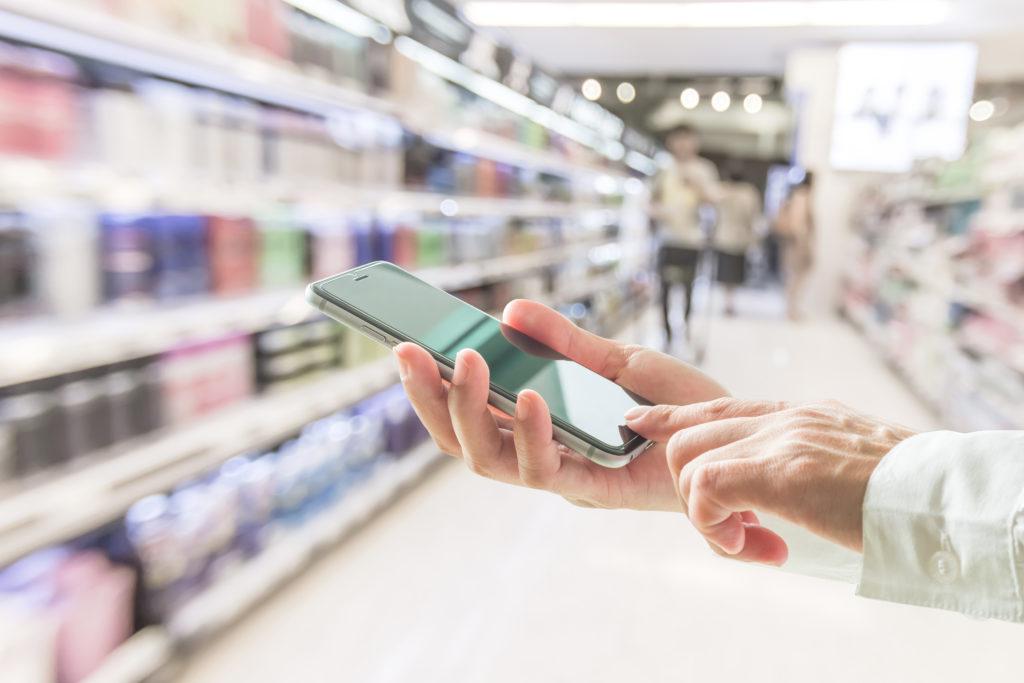Attività merchandising di refilling prodotto instore